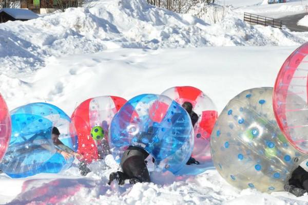 activité bubble foot snow party